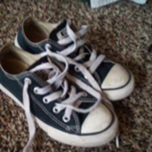 Boys Converse